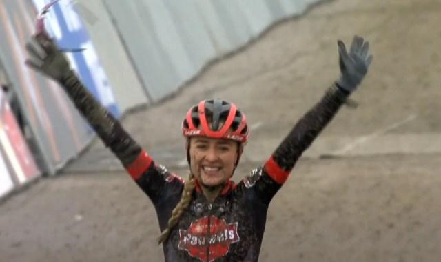 Denise Betsema vence na Copa do Mundo de Cyclocross na Holanda