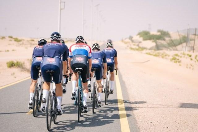 Equipe Alpecin Fenix durante UAE Tour | Foto Divulgação