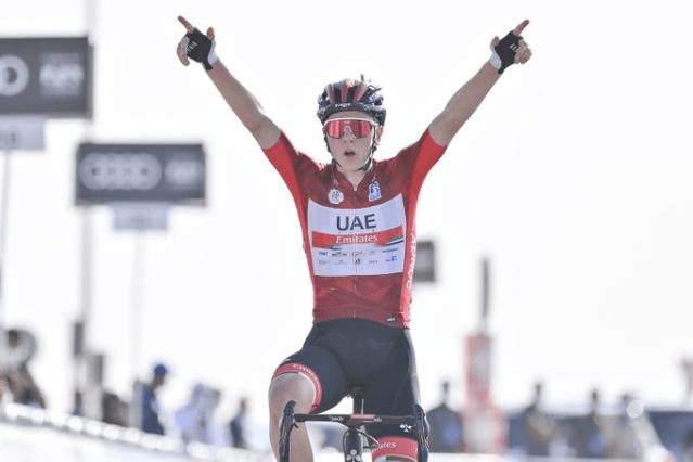 Tadej Pogacar vence no Jebel Hafeet © UAE Tour