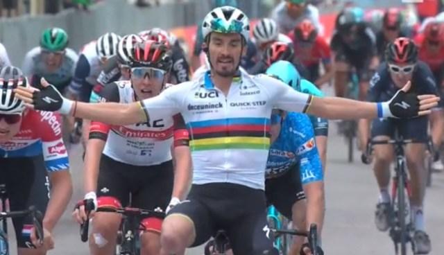 Alaphilippe vence etapa na Tirreno Adriático 2021 | Foto Captura TV