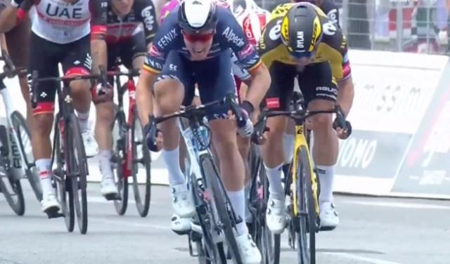 Tim Merlier vence chegada em sprint no Giro