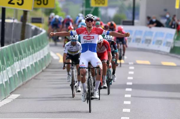 Mathieu Van der Poel vence no Tour de Suisse 2021 | Foto Getyy