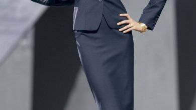 İş görüşmesi için ideal elbise renkleri ve öneriler 2019 - 2020