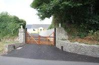 Entrance-gates