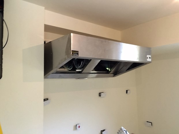 Cooker hood successfully wall-mounted