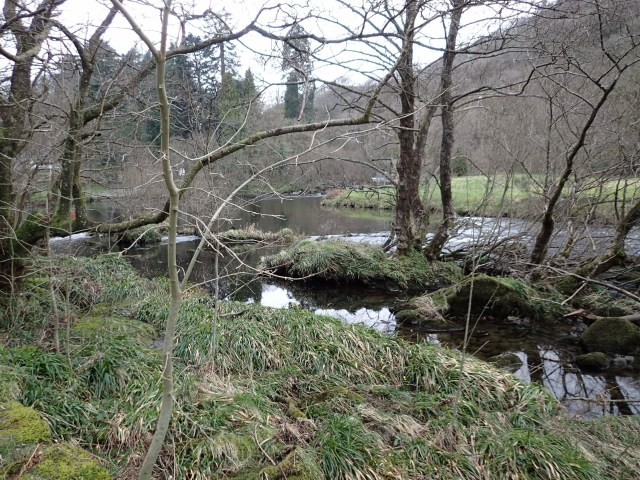 A shot of the scene slightly down river from Plas