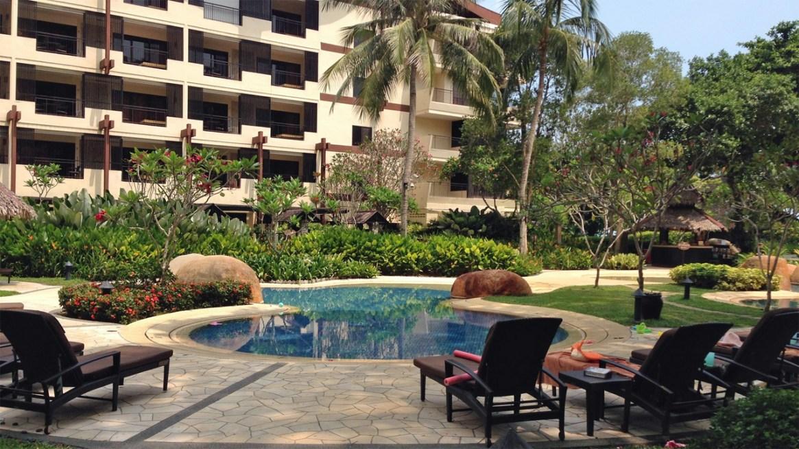 Rasa-Sayang-Resort-Penang-Sun-Lounger