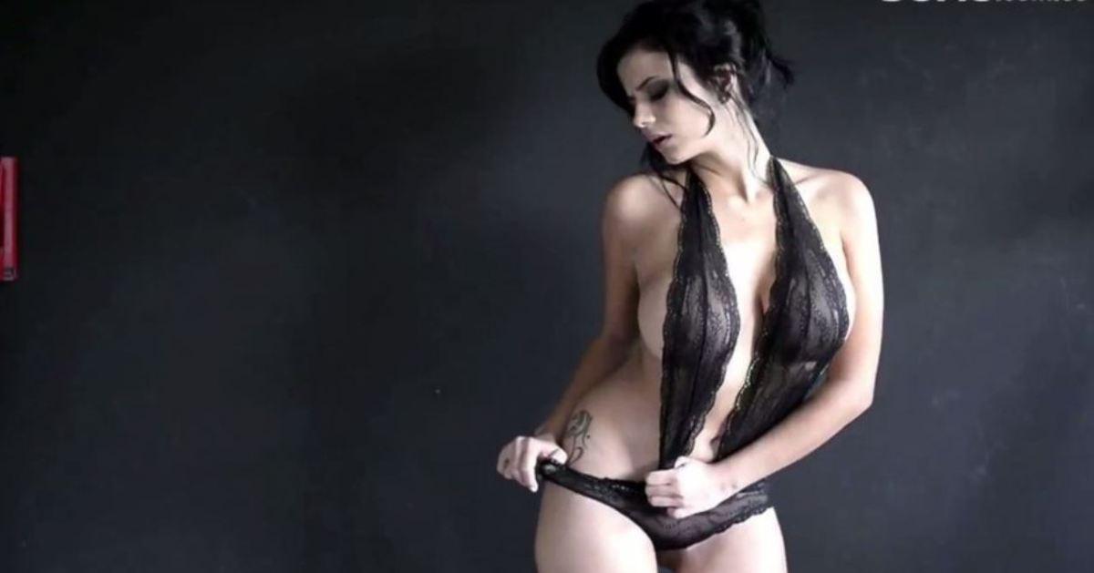 Alejandra Omaña y su primer video Porno