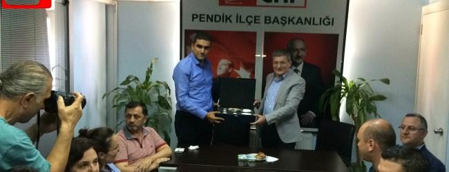 Pendik'te Özlenen Dakikalar – Belediye Başkanı Siyasi Partileri Ziyaret Etti