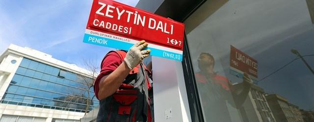 Pendik'te 'Zeytin Dalı Caddesi' tabelası asıldı