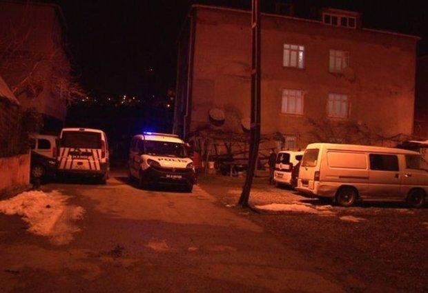 Pendik'te Bıçaklı Dehşet: Annesini Kalbinden Bıçakladı