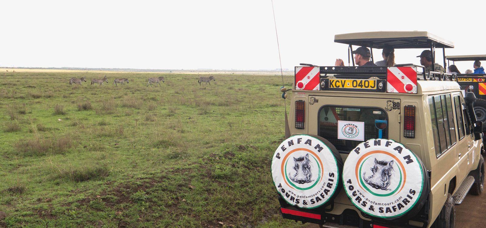 Penfam Tours and Safaris 4x4 van Nairobi National Park