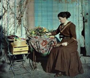Couturiere-et-bouquet1911