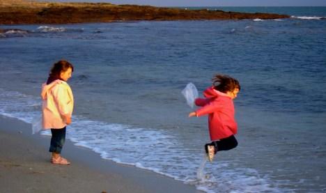 Jump & Wave