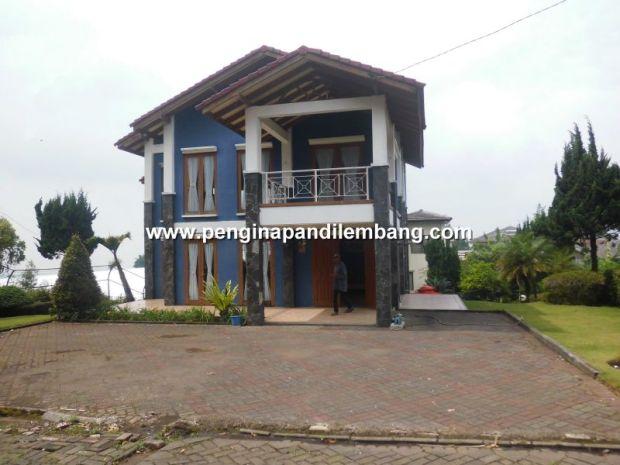 Villa Istana Bunga Villa Biru 3 Kamar