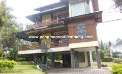 Villa Istana Bunga Villa Kuning 3 Kamar
