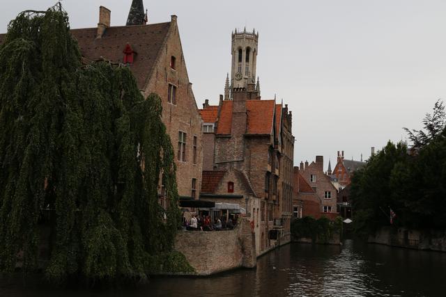 Brugge, Belgium Photo: Peninsularity Ensues