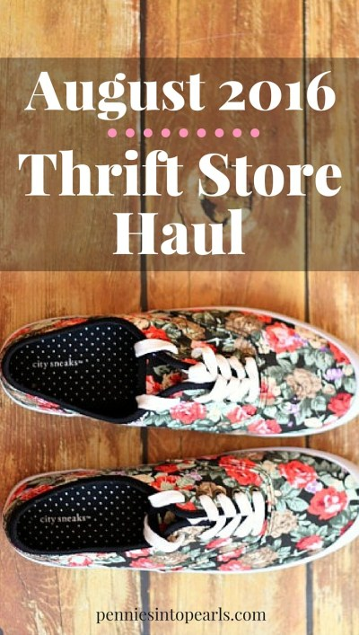 She found such cute things in her thrift haul! Motivation to do my own thrift haul and find cute clothes for cheap! August 2016 Thrift Store Haul