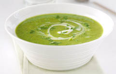 pea, courgette and mint soup