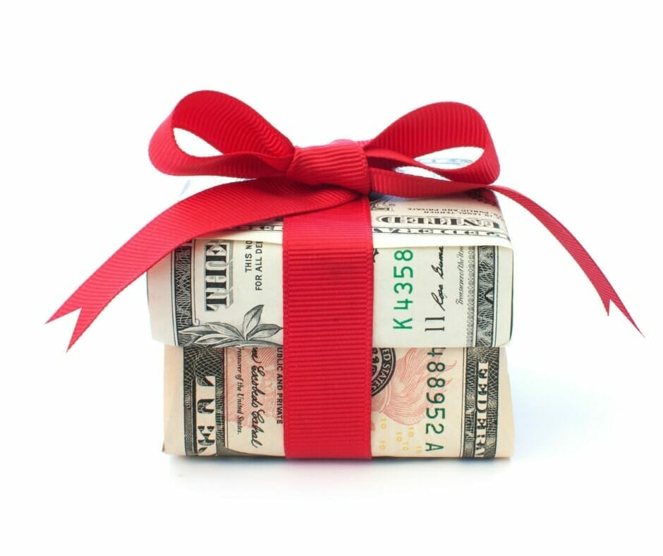 27 creative ways to give money as a gift