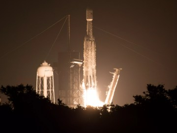 """SpaceX Falcon Heavy: Elon Musk's rocket company launches its """"most difficult"""" mission to date 3"""
