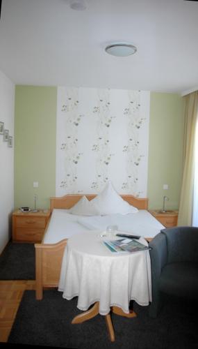 Zimmer5 1 (1)
