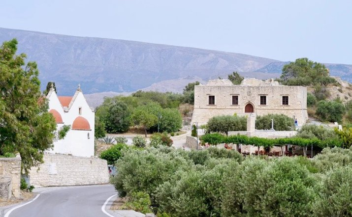 Ετιά: Το εγκαταλελειμμένο μεσαιωνικό χωριό της Κρήτης   Pentapostagma