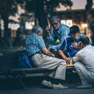 Vučić: Povećanje penzija bi moglo da prati rast plata