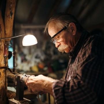 Zaposleni penzioneri iz nužde ili želje – Koji penzioneri mogu da rade?