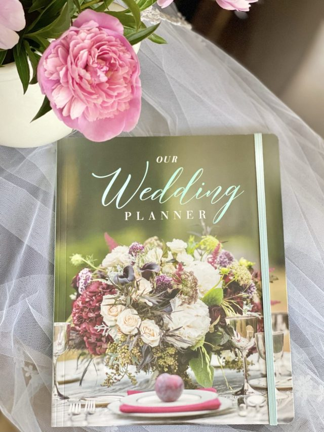 """Our Wedding Planner: Everything for Planning the Perfect """"I Do"""" Day"""
