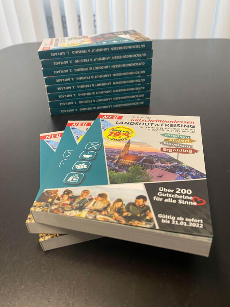 Das Gutscheinbuch 2022 für Landshut und Freising ist da - Jetzt zum günstigen Vorteilspreis bei People-Pictures kaufen