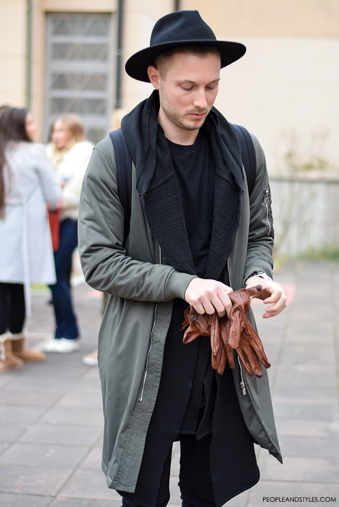 Men's fashion, how to wear bomber jacket, street style casula outfit inspiration