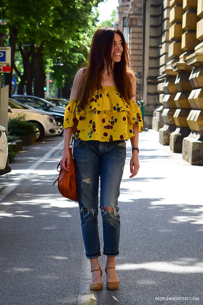 Street style summer women's fashion, how to wear off the shoulder yellow Zara top and distessed jeans
