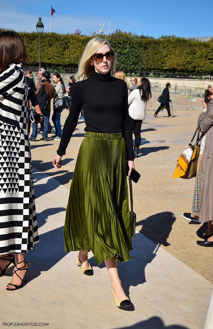 Jane Keltner de Valle wearing Chanel Granny Slingbacks and Gucci Iridescent Green Pleated Skirt, They are Wearing Chanel Granny Slingbacks. Street style outfits from Paris Fashion Week, Pinterest, paris people street images