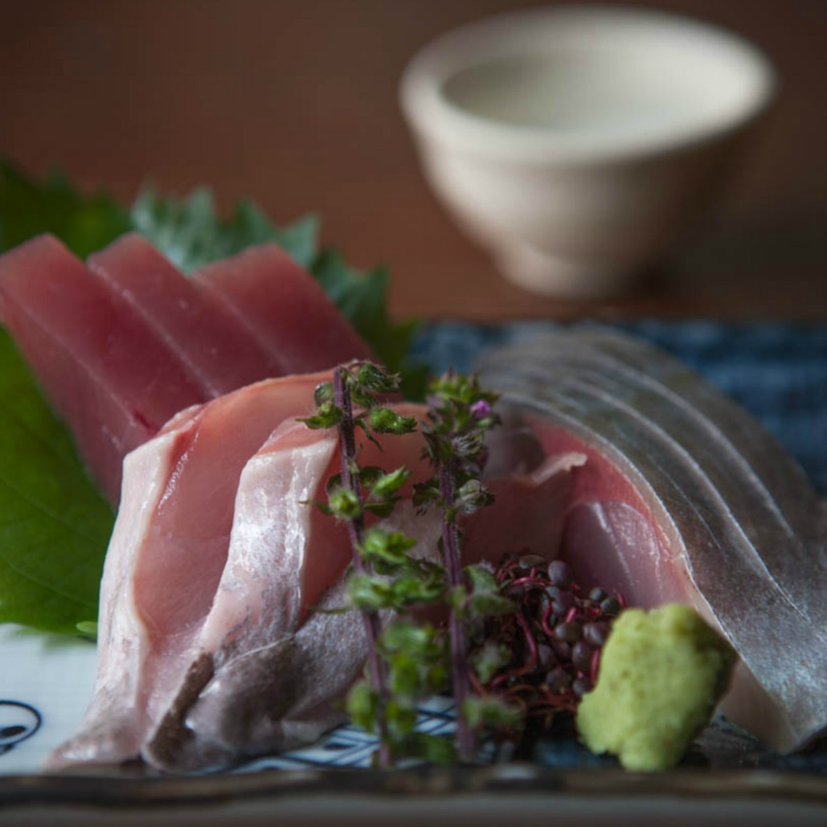 Fish and sake served to the sound of rock 'n' roll