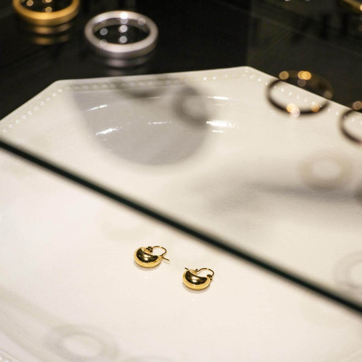 Contemporary jewellery inspired by modern art