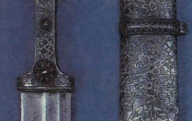 19th-c.-dagger-by-master-Bagdasar-with-Armenian-style-decoration