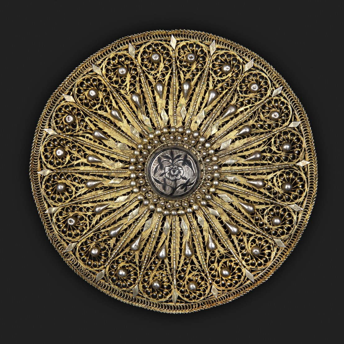 Armenian young woman headdress decoration. Early 20th century – The Russian Museum of Ethnography