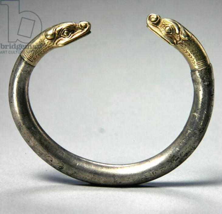 Bracelet (silver and gold) from the kingdom of Urartu (7th century BC), Armenian Highland