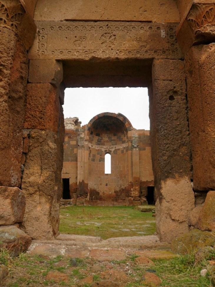Ruins of Ereruyk basilica, 5th century
