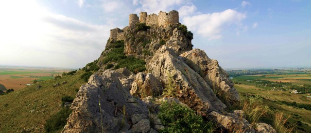 Yilankale fortress errected in the 12th-13th century by the Armenian King Leo II