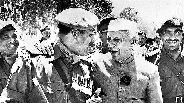Jawaharlal Nehru in Palestine in 1960, then under Egyptian control (United Arab Republic)