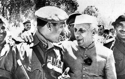 Jawaharlal Nehru in Palestine in 1960, then under Egyptian control (United Arab Republic)