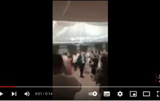 Ballo tradizionale con gli sposi