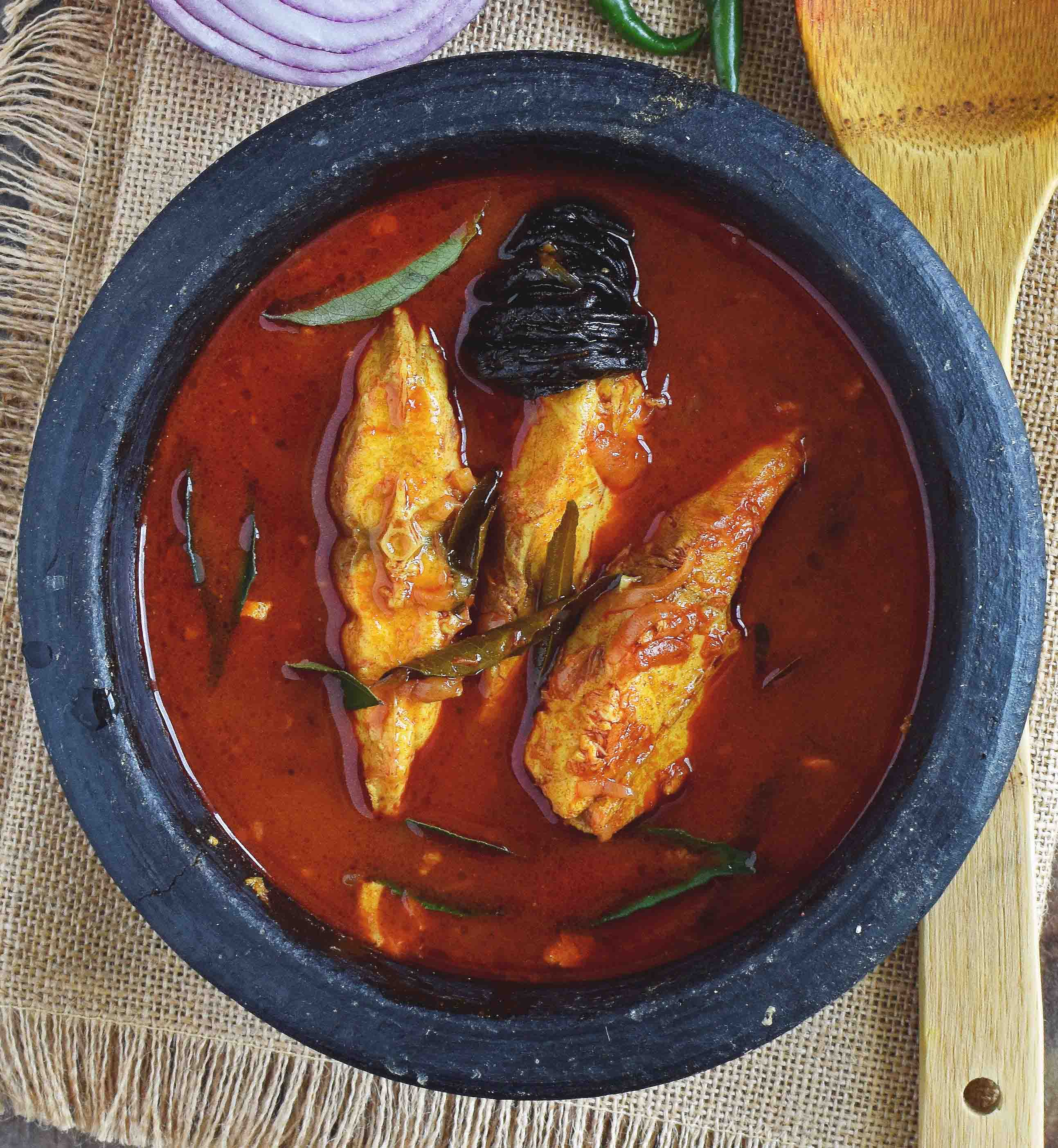 Red Fish Curry- Pepper Delight #pepperdelightblog #recipe #fishrecipes #keralastyle #meenmulakittathu #meencurry #meenvevichathu