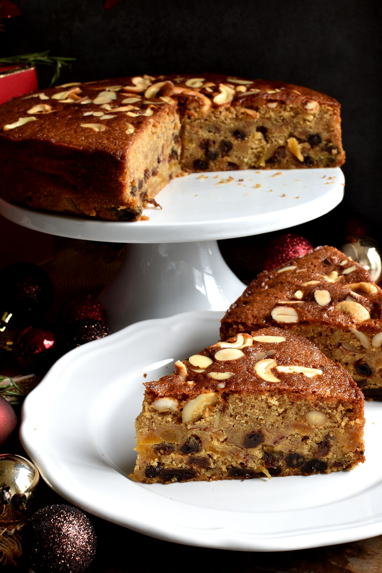 Christmas Fruit Cake (Non Alcoholic) - Pepper Delight #pepperdelightblog #recipe #cake #thanksgiving #newyear #fruitcake #cake #dryfruitcake #christmas #holidayrecipes #nonalcoholic #party #festivals