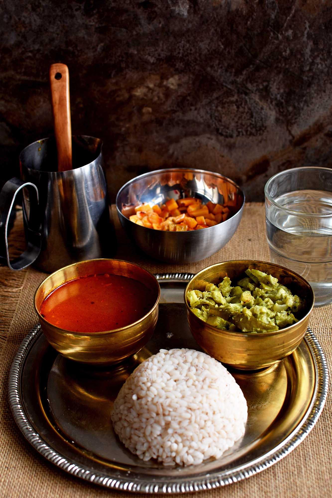 Kerala Style Tomato Rasam - Pepper Delight #pepperdelightblog #recipe #rasam #tomatorasam #keralarasam #kerala #onam #spicysoup #sadya #withoutrasampowder #soup #vegan #homemaderasam #festivals