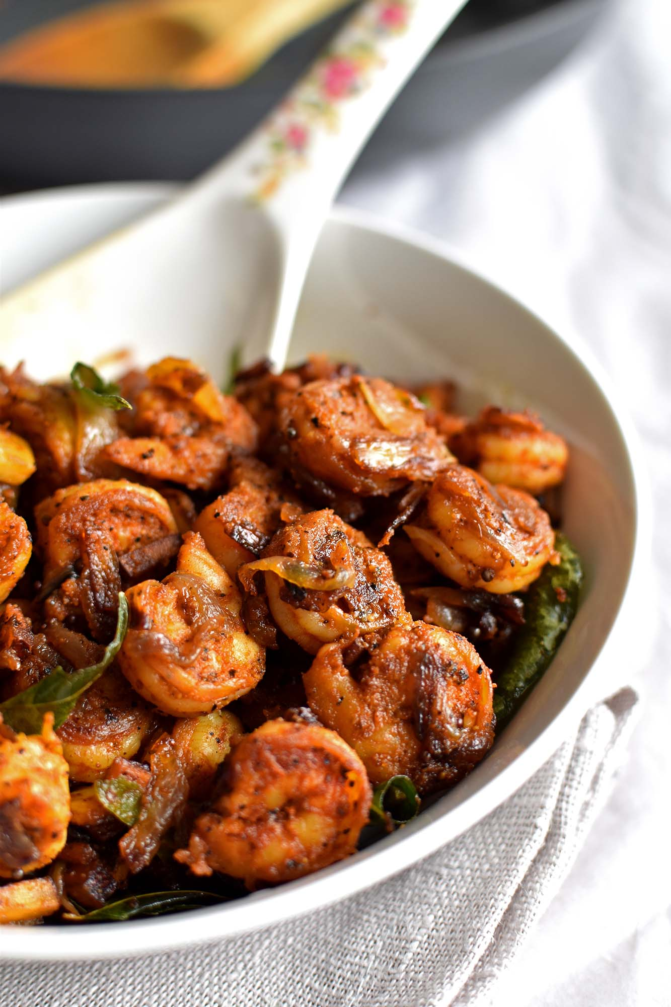 Prawn Roast - Pepper Delight #pepperdelightblog #recipe #prawn #shrimp #asian #chemmeen #indian #kerala #keralastyleprawnroast #seafood #easy #prawnrecipes