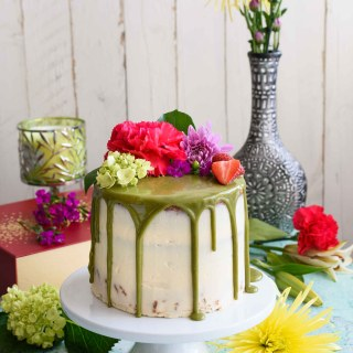 Matcha Cake with Buttercream Frosting and White Chocolate Matcha Drip – A Blog Anniversary
