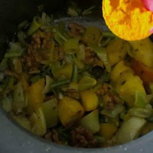 Add Turmeric to Fennal Soup_PepperOnPizza.com
